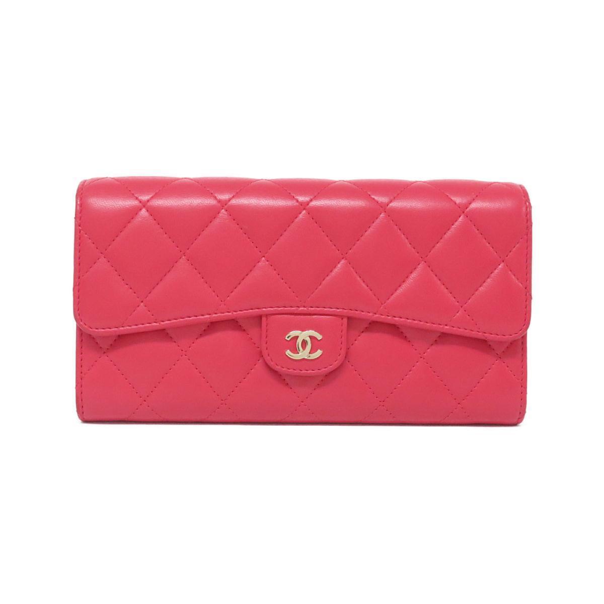 ピンクのシャネルの長財布