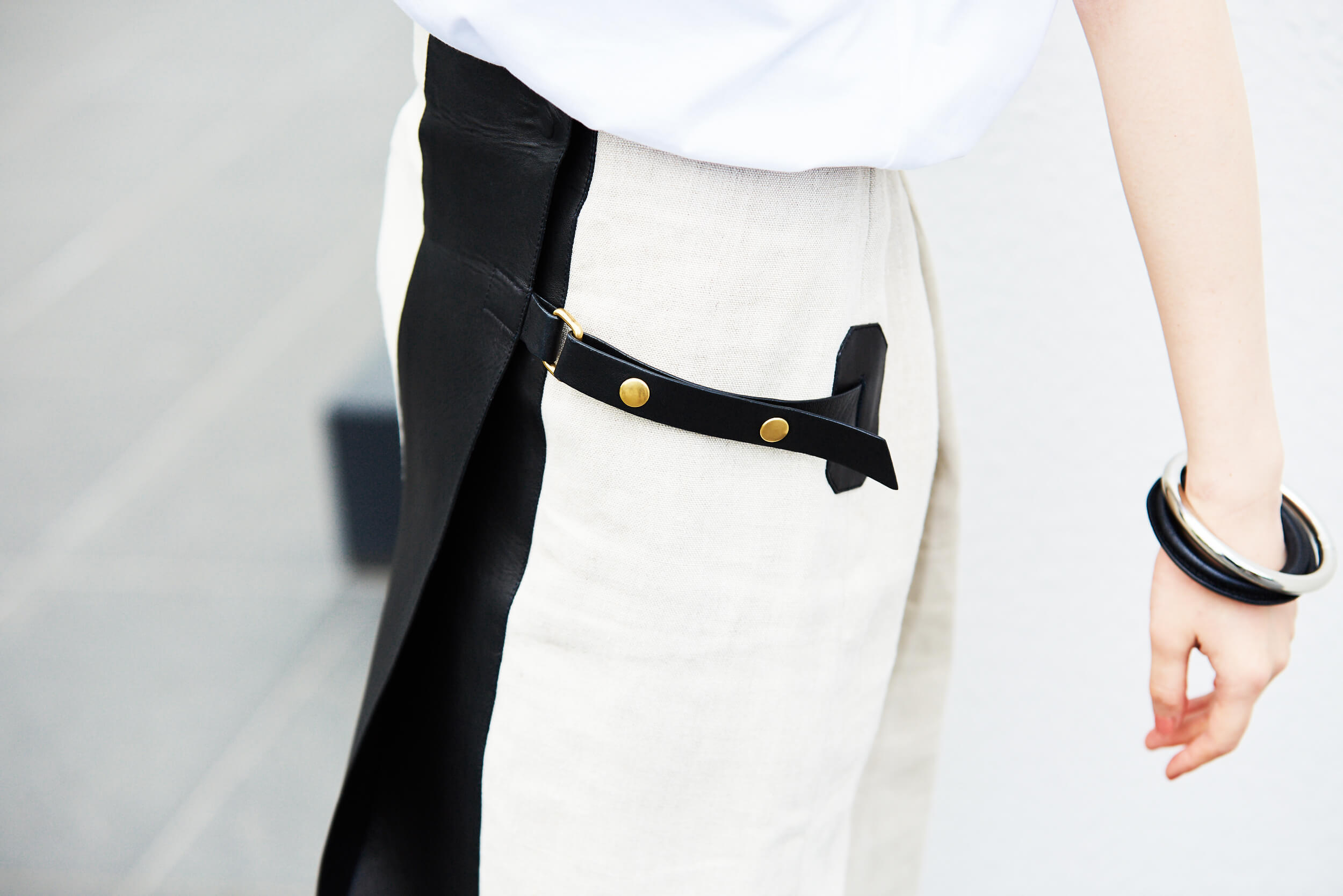 異素材ミックススカートで作る夏コーデ
