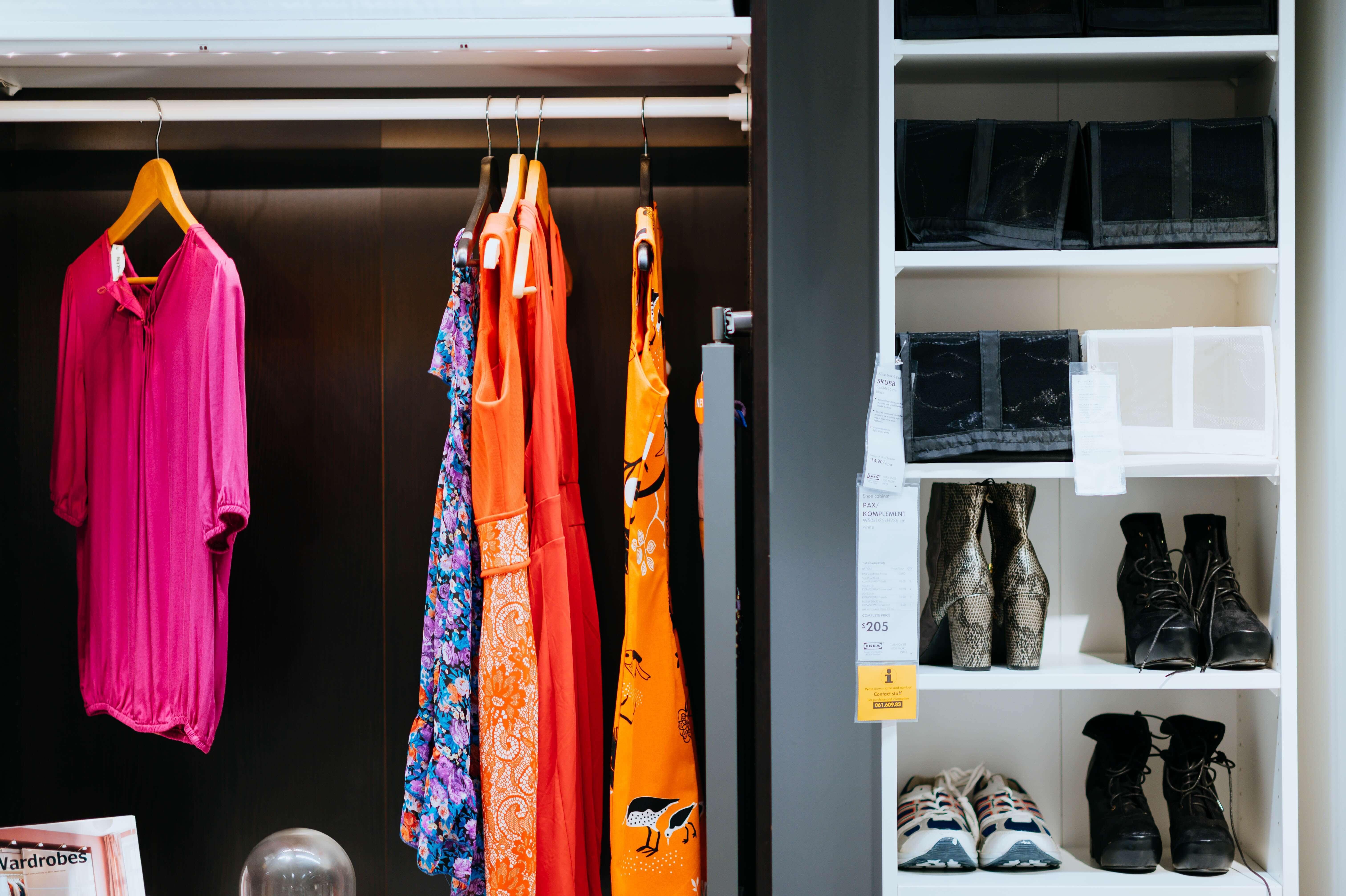 衣類の収納とシューズボックス