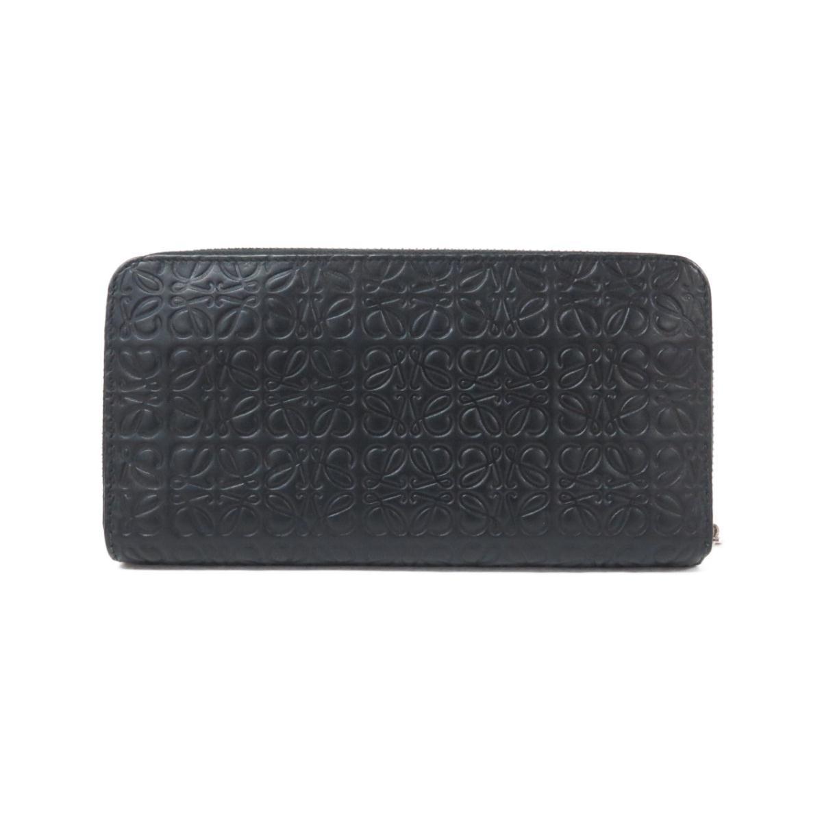 黒のロエベの長財布