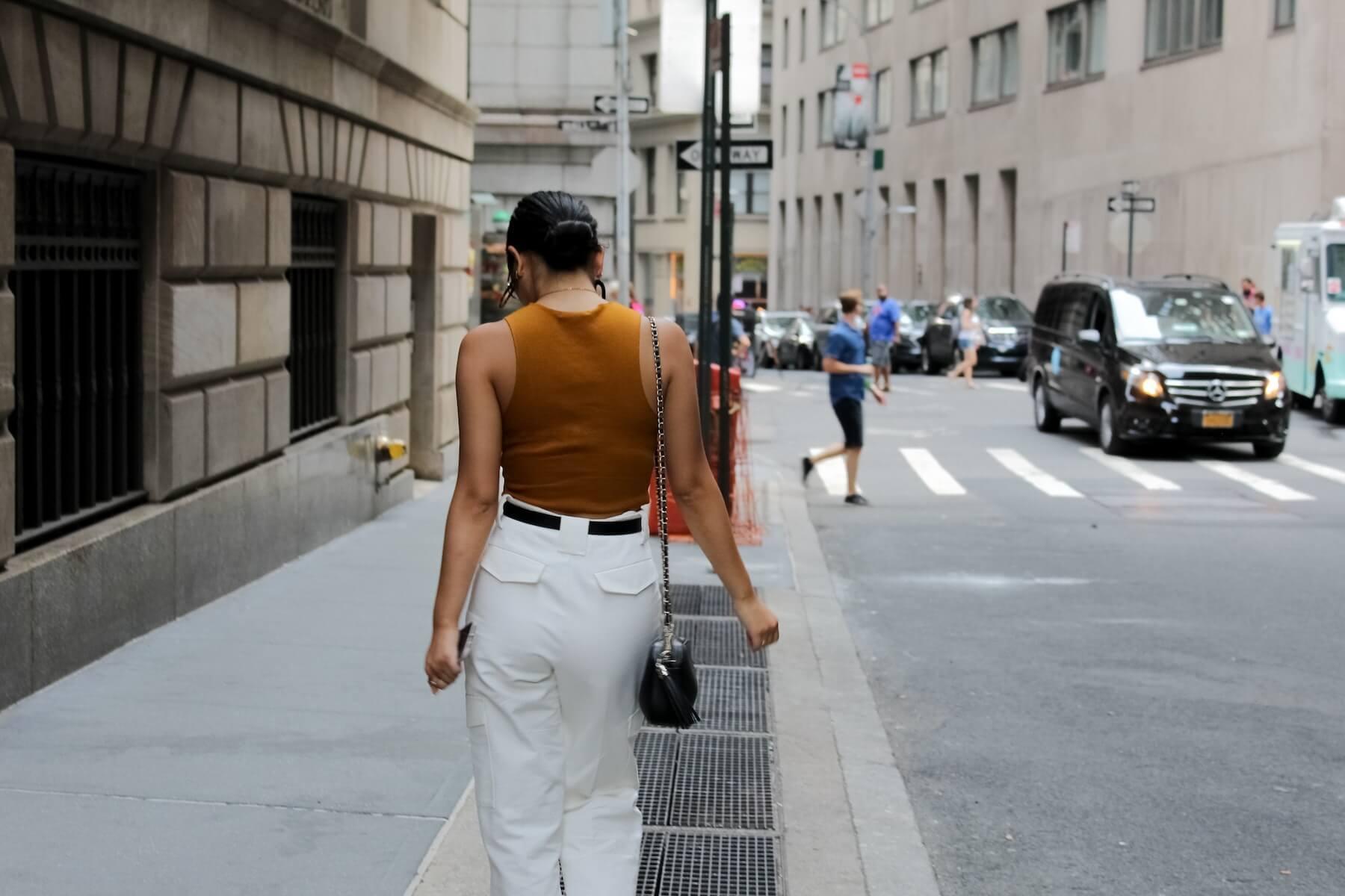 ルイ・ヴィトンのスニーカーが人気!おすすめモデルや着こなし