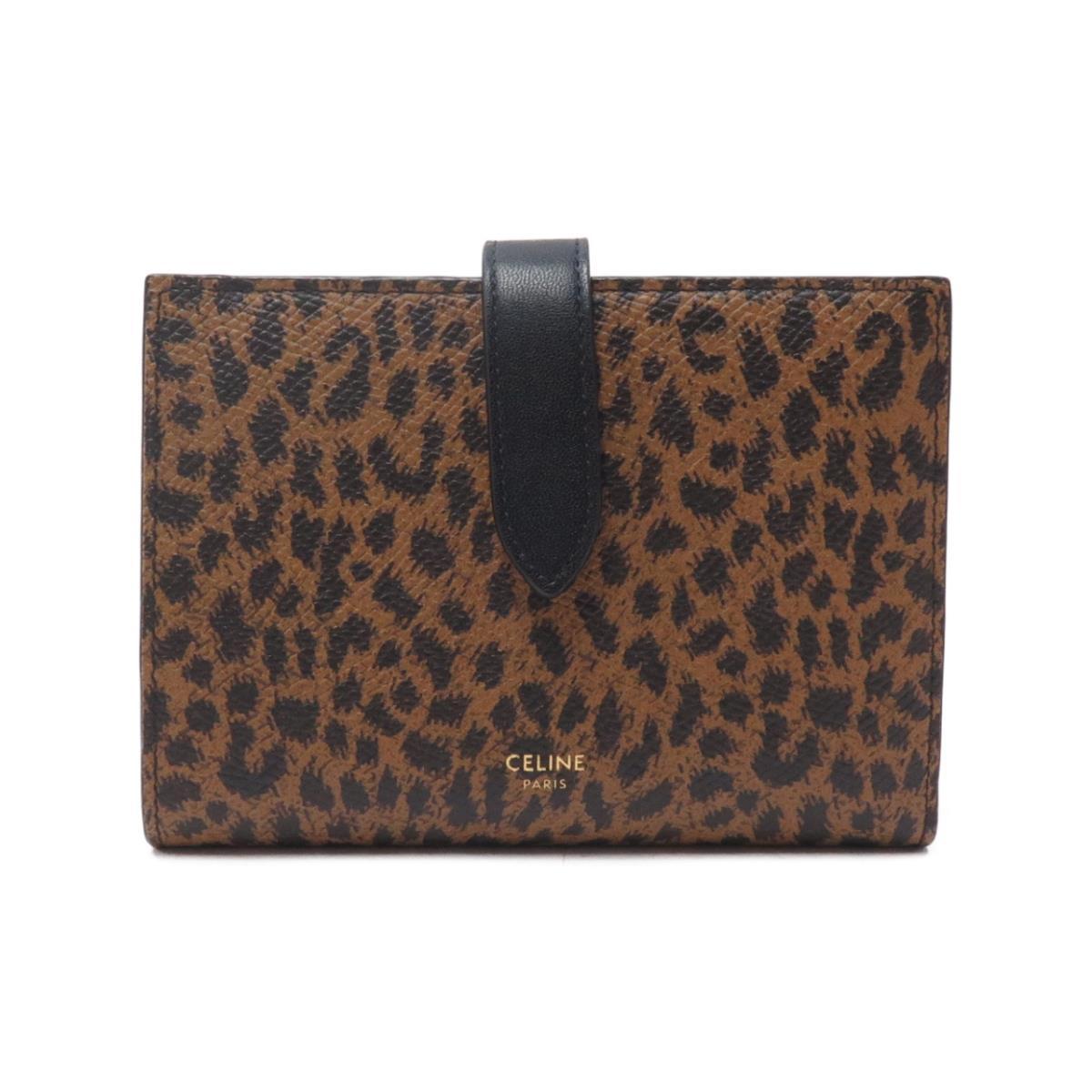ヒョウ柄の財布
