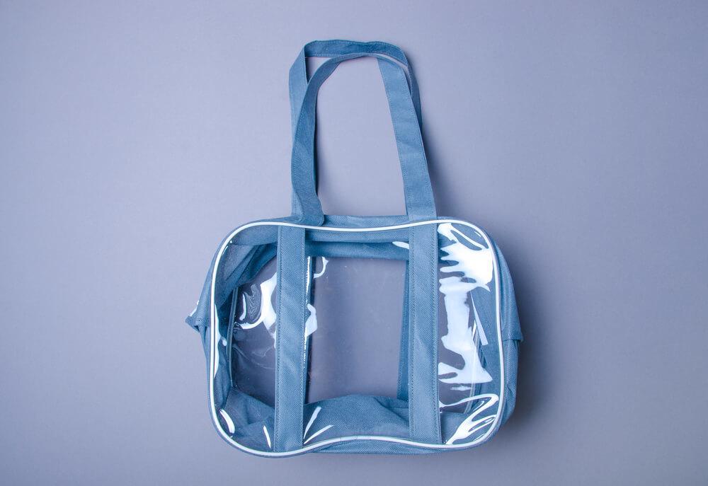 ブルーのPVCバッグ