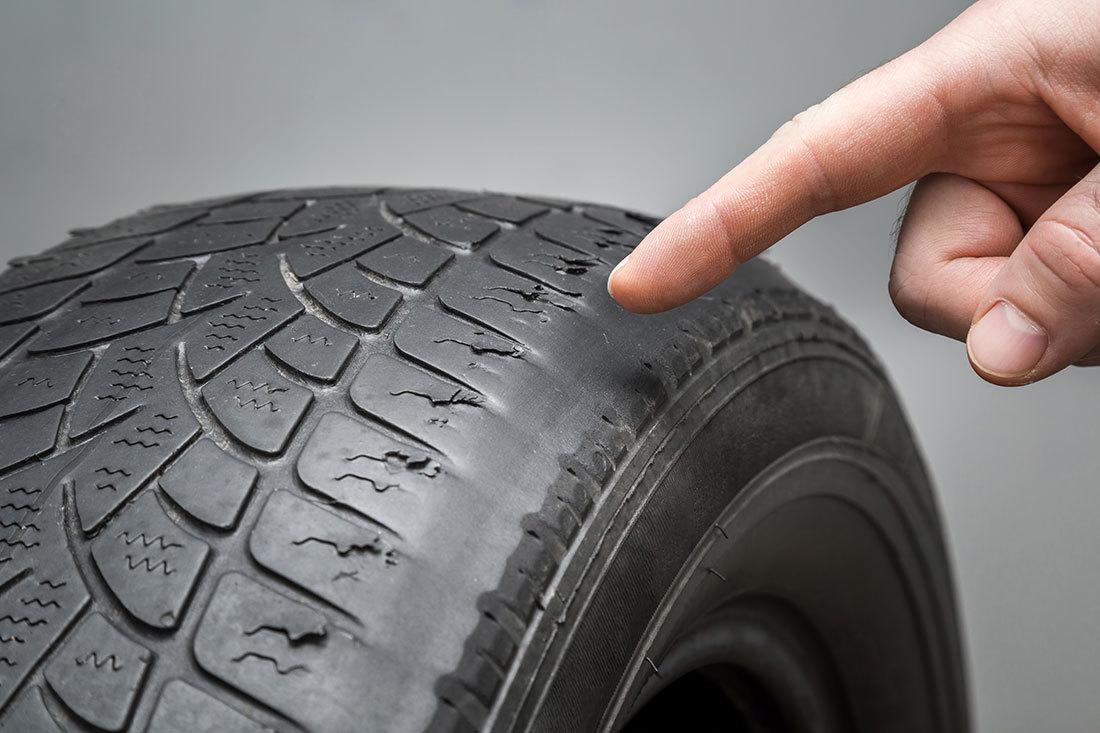 タイヤの溝のすり減りチェック