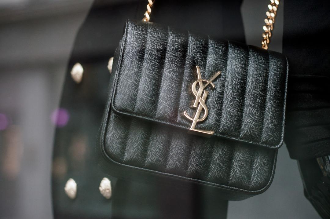 サンローランのハンドバッグ