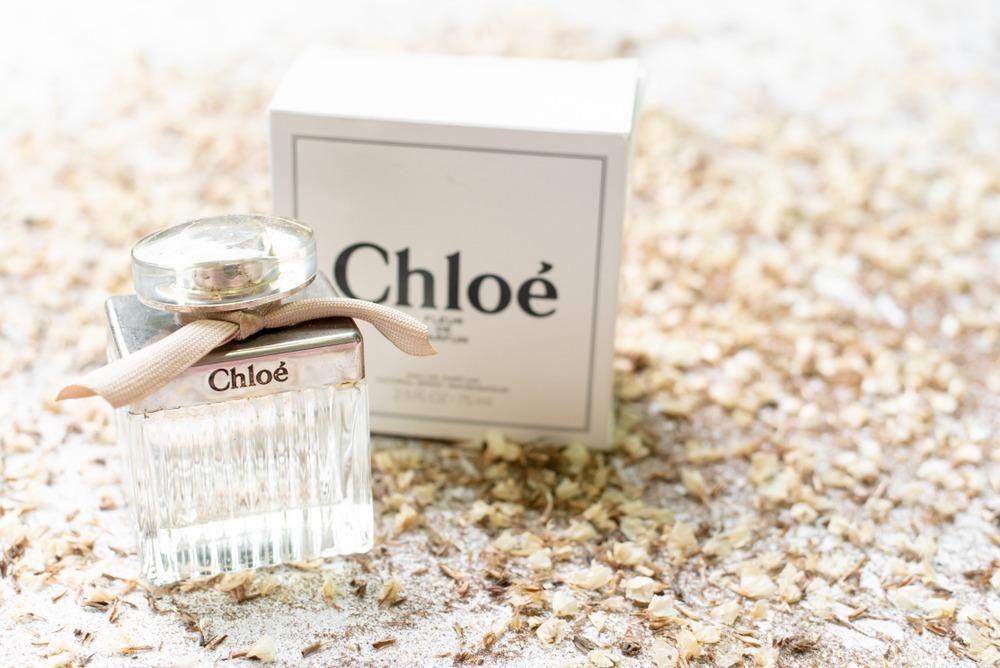クロエの香水が置かれている様子