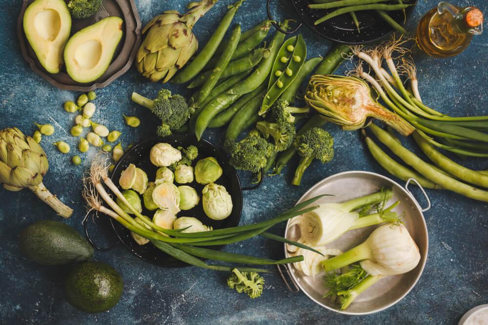 たくさんの緑の野菜