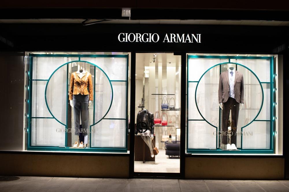 ジョルジオ・アルマーニの店舗外観