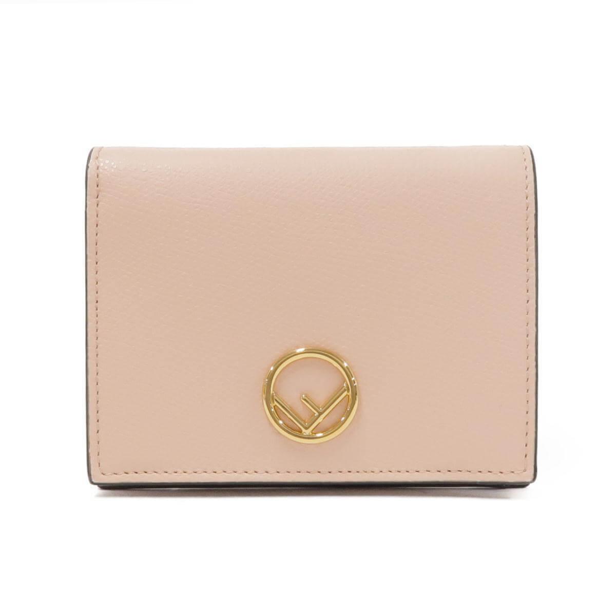 フェンディのベージュの財布