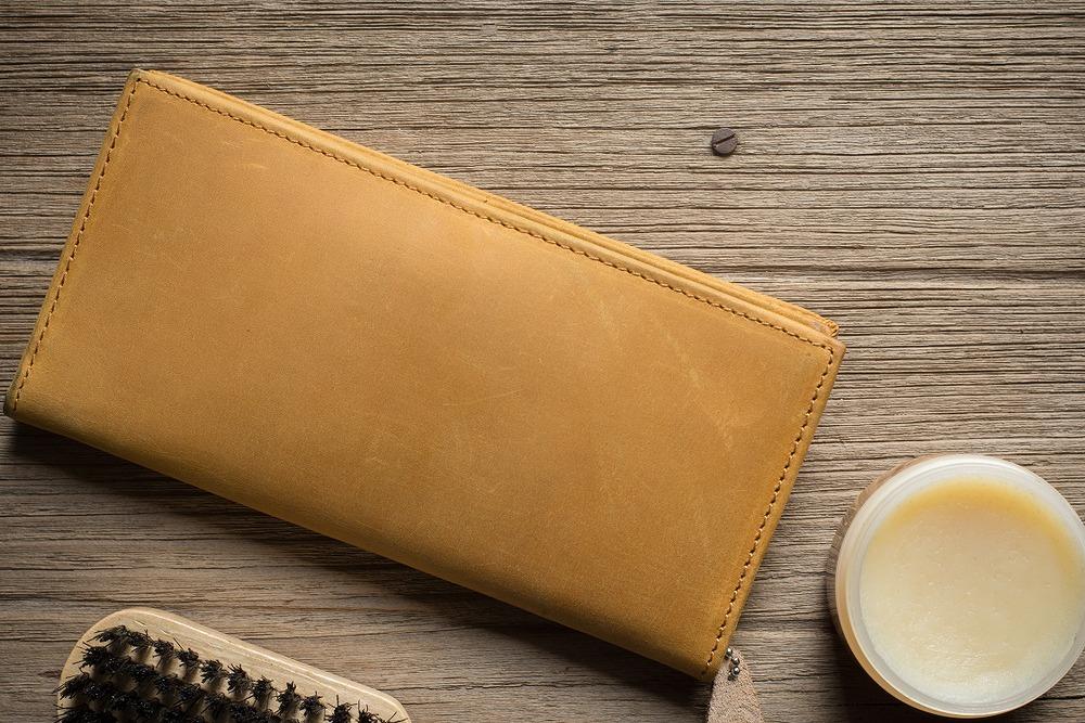 財布と革製品用クリーム