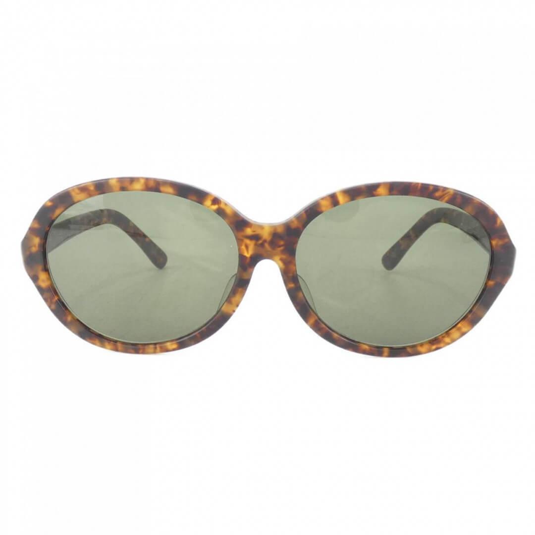 アヤメのサングラス