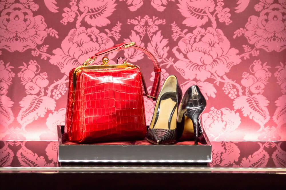 アニマル革の靴とバッグ