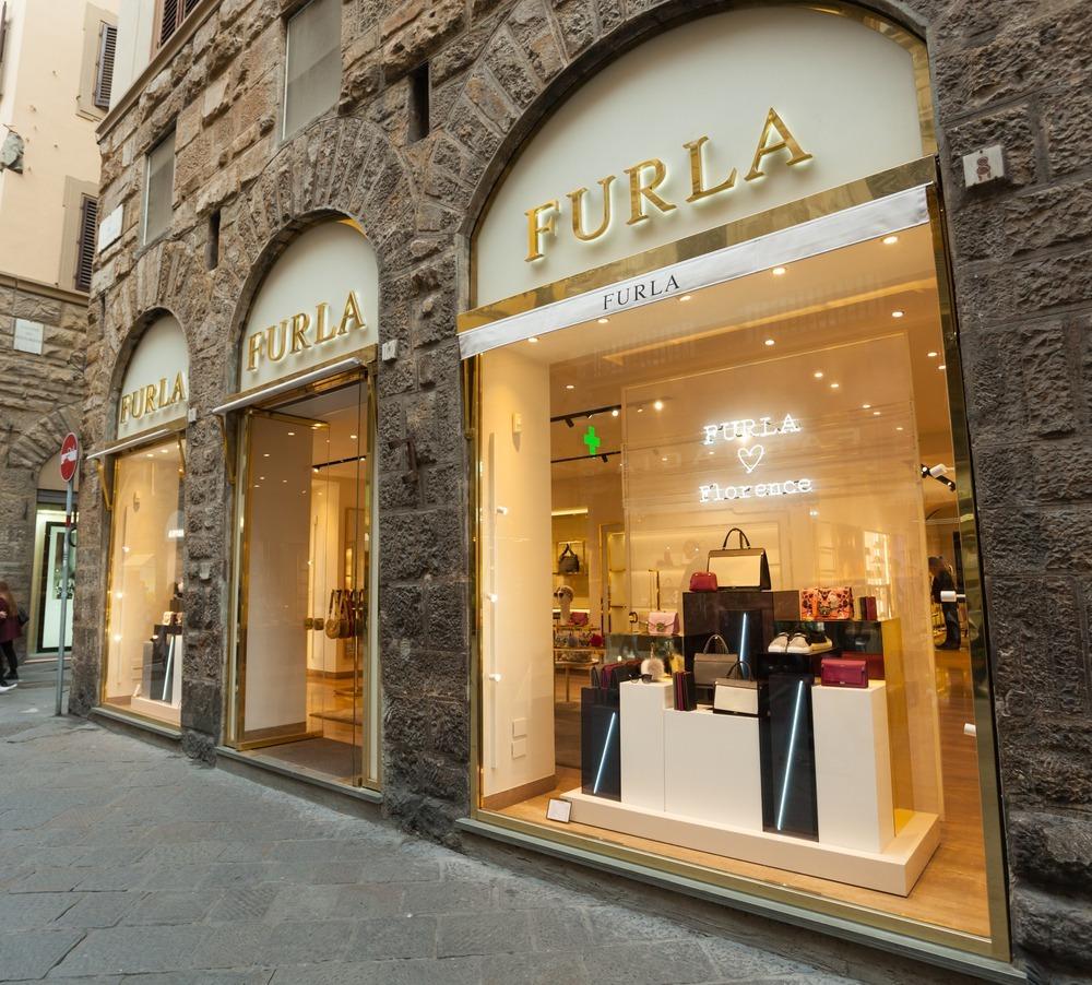FURLAの店舗外観