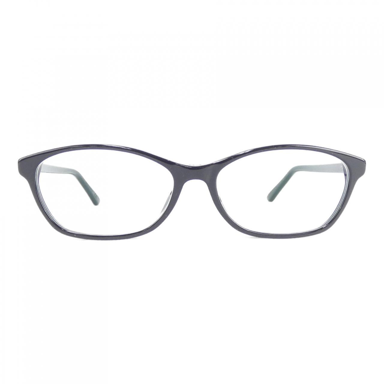Diorの黒縁メガネ