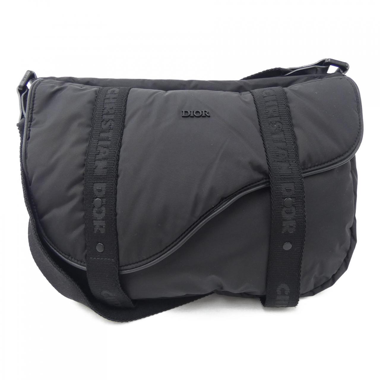 Diorの黒ショルダーバッグ