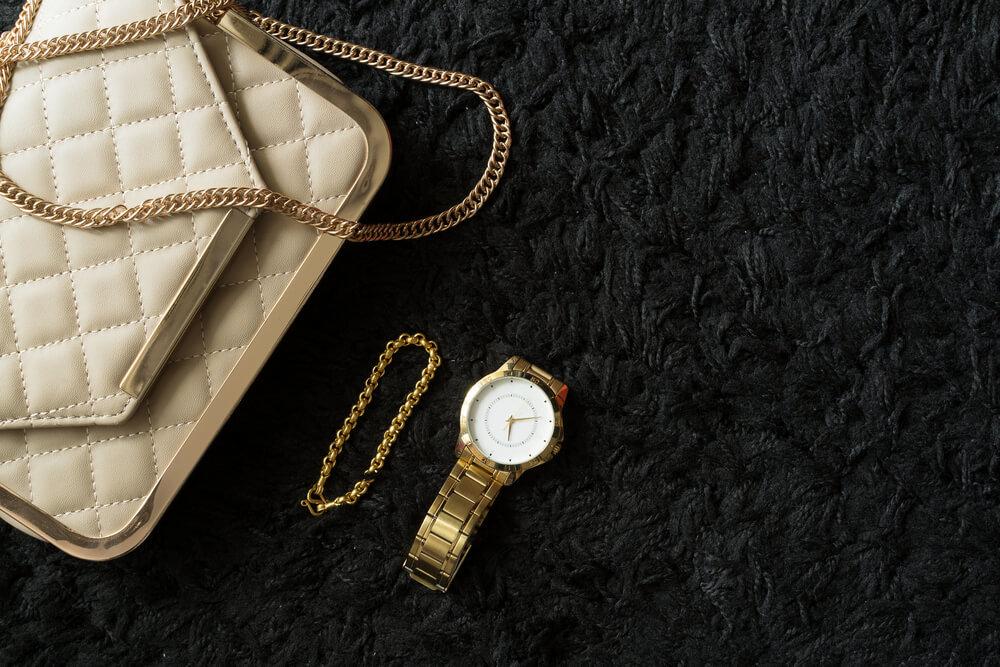 ヴィンテージバッグと時計